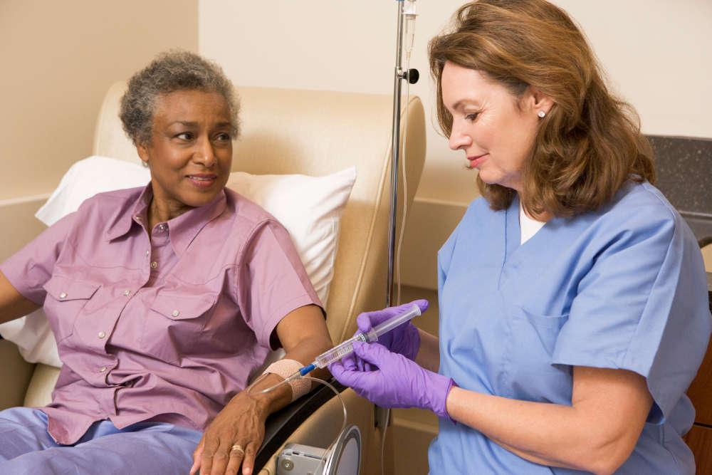 Sjuksköterska och patient